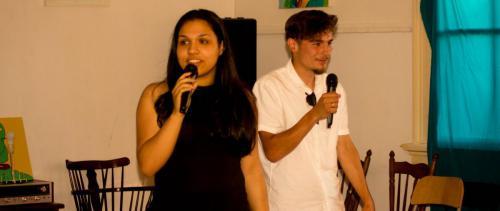 Host @ Spoken world huiskamersessies